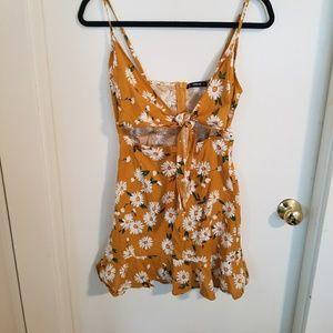 Daisy Print Tie Front Dress Size XS